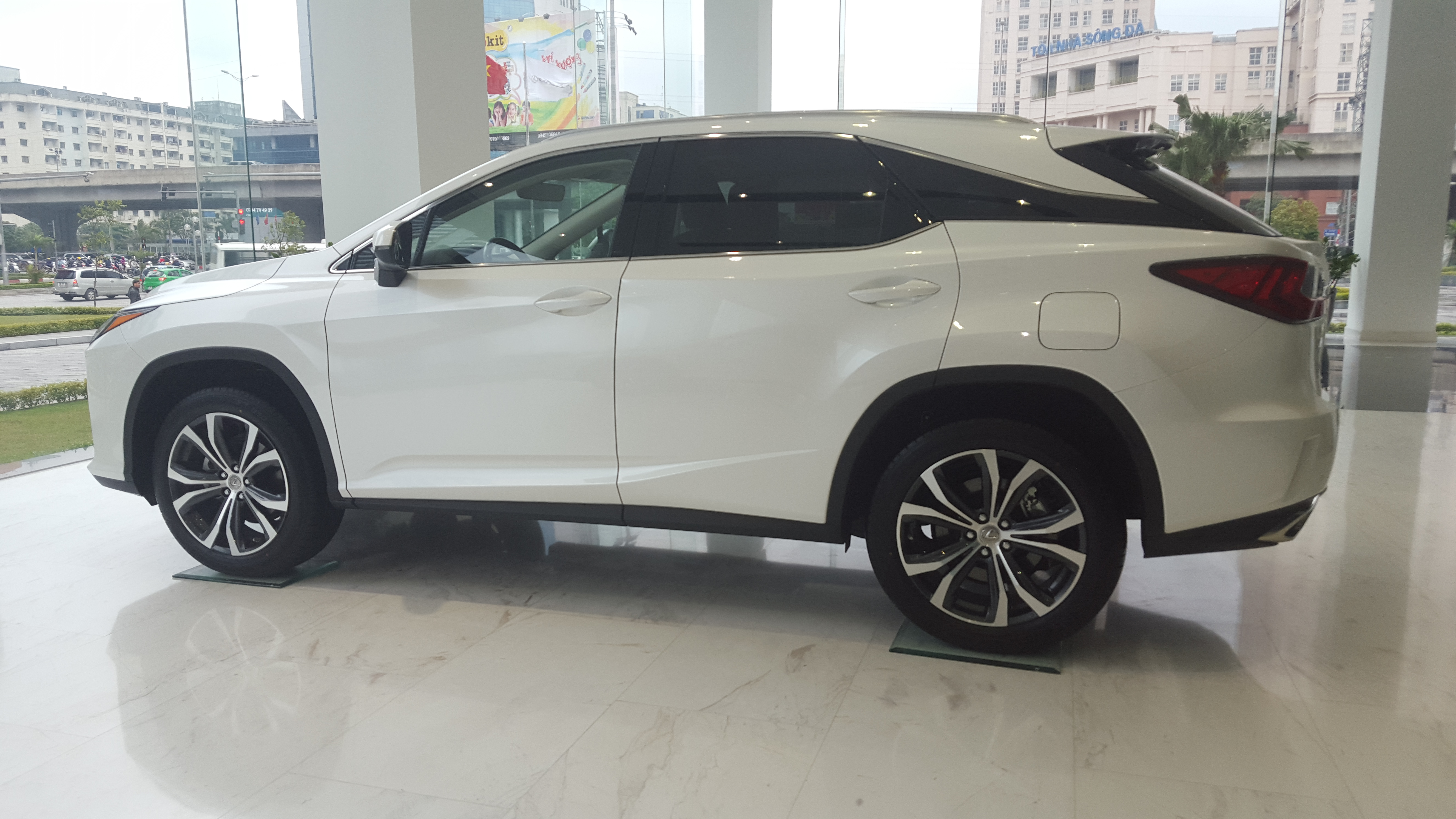 lexus-rx-200t-chinh-hang