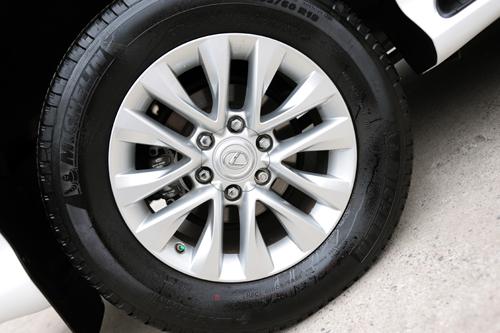 Lexus-GX460-2016-VnE-34-3469-1457319111