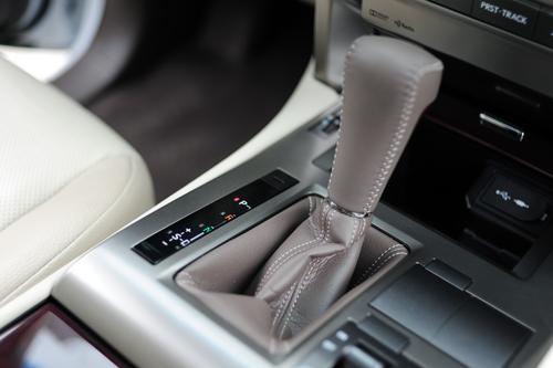 Lexus-GX460-2016-VnE-51-1782-1457319115