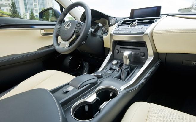 Lexus-NX-200t-chinh-hang