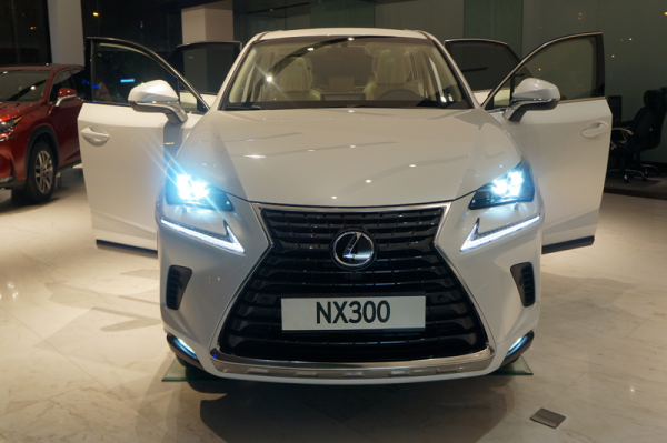 Lexus-NX300-2018-demo-600x399